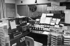 WNOE-AM Studio in 1975